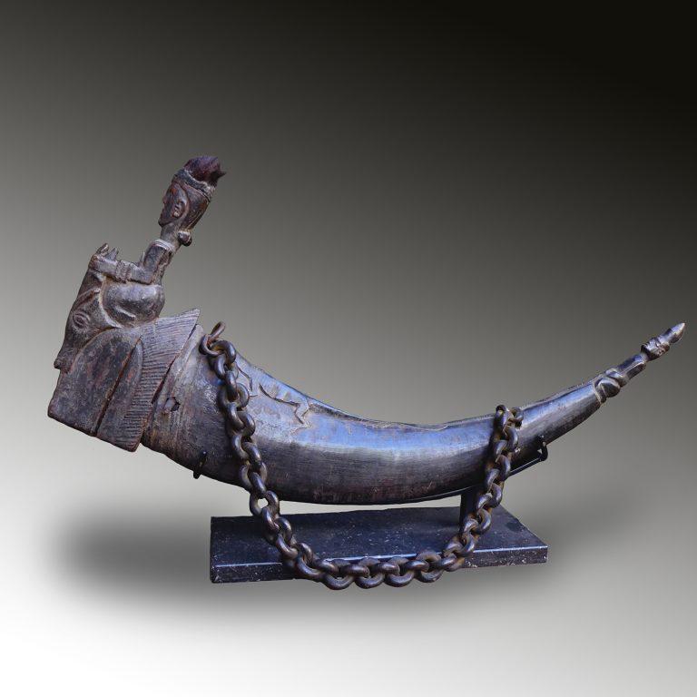 A Batak medicine horn